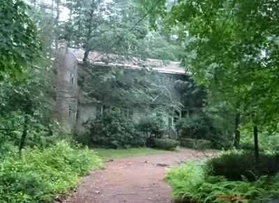 Boxborough Single Family Home For Sale: 555 Old Harvard Rd