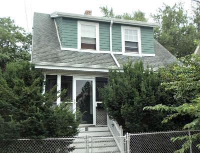 Medford Single Family Home Contingent: 43 Woodrow Ave