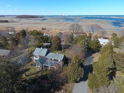 Marshfield Single Family Home For Sale: 105 Cedar Acres Rd