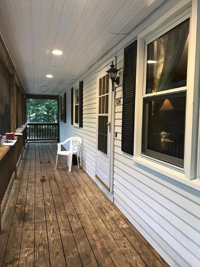 Single Family Home Sold: 106 SE Main St