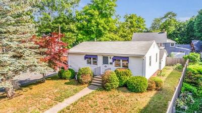 Framingham Single Family Home For Sale: 49 Nipmuc Rd