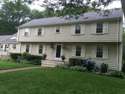 Cohasset MA Single Family Home For Sale: $947,000