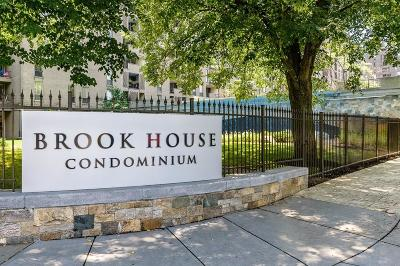 Brookline Condo/Townhouse Price Changed: 77 Pond Ave #1109