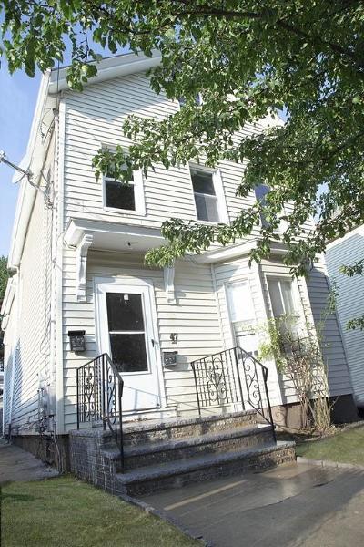 Somerville Multi Family Home For Sale: 47 Oliver St