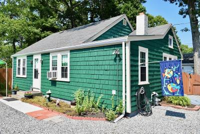 Wareham Single Family Home Contingent: 2 Pine St