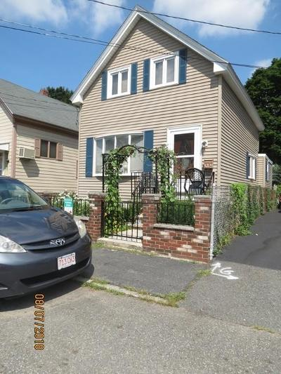 Lowell Single Family Home For Sale: 82 Cosgrove Street