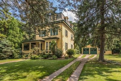Melrose Single Family Home Under Agreement: 105 Laurel Street
