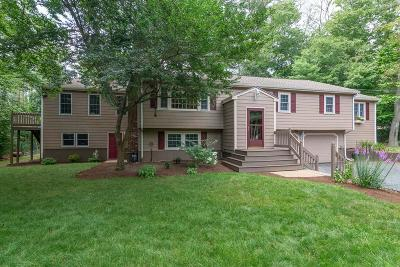Cohasset Single Family Home For Sale: 120 Doane St