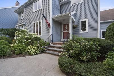 Duxbury Condo/Townhouse Under Agreement: 70 Parks St #4