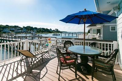 Scituate Condo/Townhouse For Sale: 33 Central Ave #4
