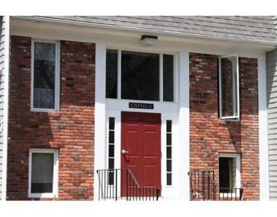 Bridgewater Condo/Townhouse Under Agreement: 220 Bedford St #E11