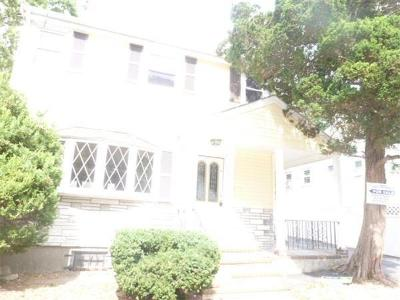 Boston Single Family Home Under Agreement: 6 French St