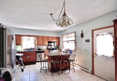 Lowell Single Family Home For Sale: 89 4th St