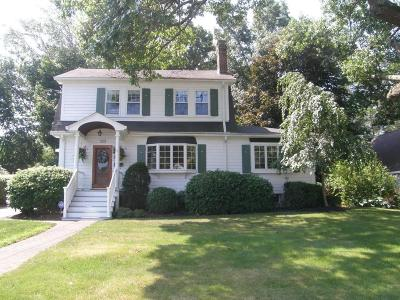 Braintree Single Family Home For Sale: 184 Hollis Ave.