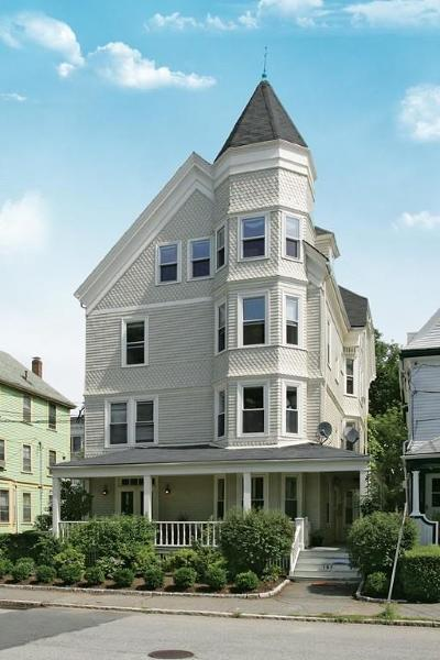 Brookline MA Condo/Townhouse Contingent: $999,999