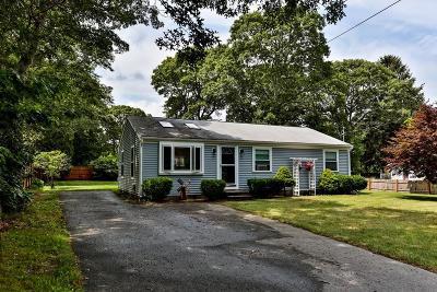 Barnstable Single Family Home Contingent: 211 Arrowhead Dr