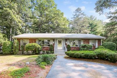 Kingston MA Multi Family Home For Sale: $389,000