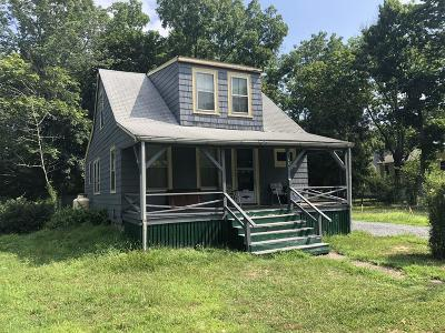 Middleboro Single Family Home Under Agreement: 102 Plymouth St