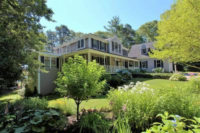 Barnstable Single Family Home For Sale: 72 Waters Edge