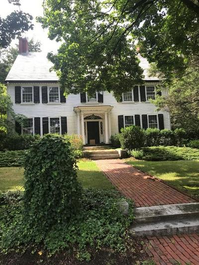 Brookline Single Family Home For Sale: 11 Heath Hill St