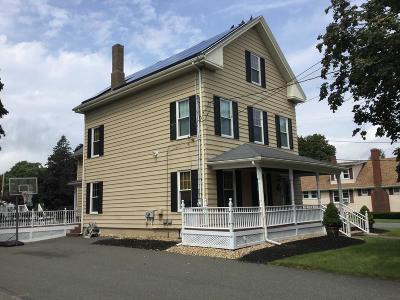 Saugus MA Single Family Home For Sale: $549,900