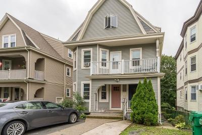 Medford Condo/Townhouse For Sale: 126 Fellsway West #1