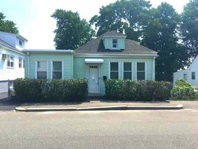 Revere Single Family Home For Sale: 95 Oxford St