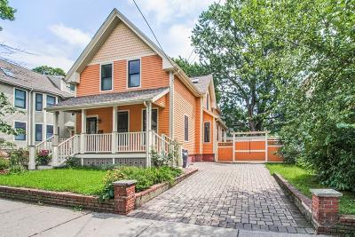 Single Family Home For Sale: 37 Wallace St