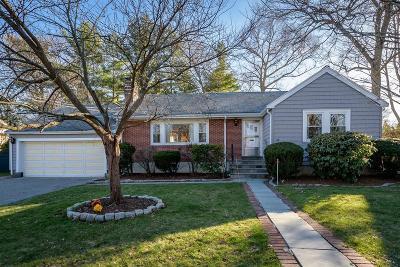 Arlington MA Single Family Home Price Changed: $840,000