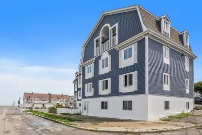 Hull Condo/Townhouse Under Agreement: 132 Bay #10
