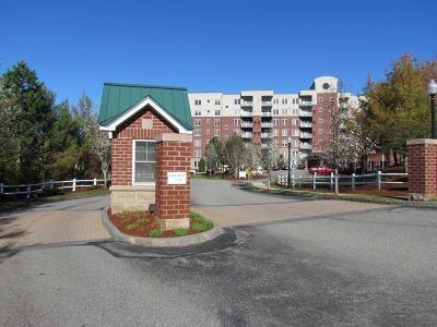 Middleton Condo/Townhouse Under Agreement: 38 Village Rd #603
