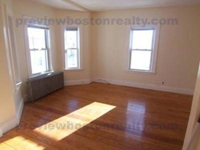 Rental New: 58-60 Waverly Street #2