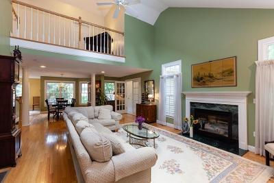 Easton Single Family Home For Sale: 11 Jennifer Way #11