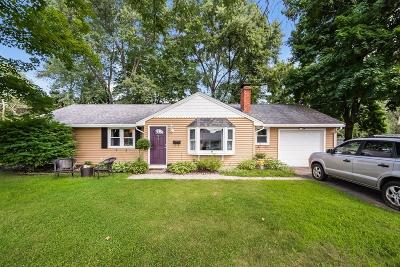 Maynard Single Family Home For Sale: 5 Dix Road
