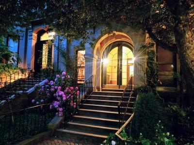 Condo/Townhouse Under Agreement: 336 Beacon St #4