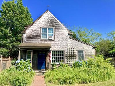 MA-Nantucket County Single Family Home For Sale: 7 Goldfinch Drive
