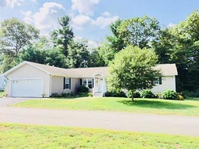 Middleboro Single Family Home Under Agreement: 1806 Lantern Lane #Oak Poin