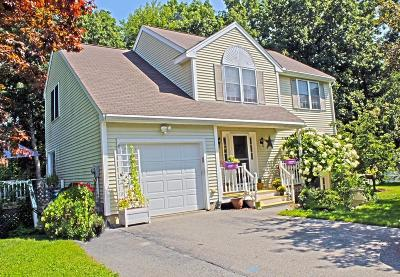 Lowell Single Family Home Under Agreement: 33 Ionian Circle