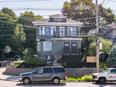 Condo/Townhouse For Sale: 149 Metropolitan Ave #2