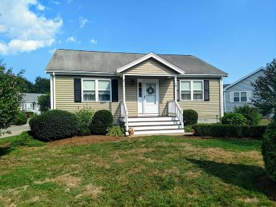 East Bridgewater Condo/Townhouse For Sale: 38 Brookbend Way W #38