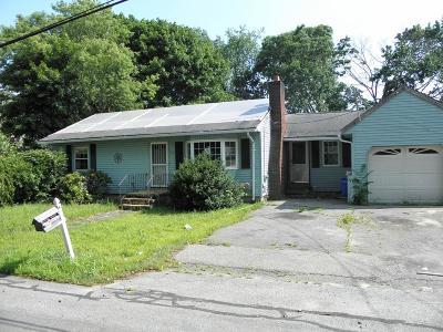 Methuen Single Family Home For Sale: 56 Oakhill Dr