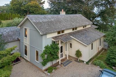 Beverly Single Family Home For Sale: 40 Brackenbury Ln