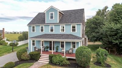 Marshfield Single Family Home For Sale: 74 Blue Heron Way