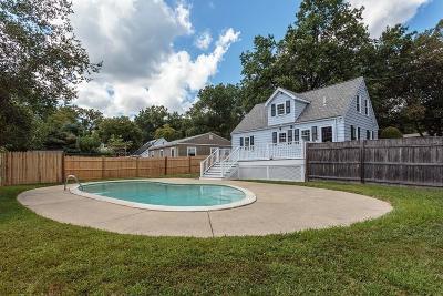 Boston Single Family Home Under Agreement: 720 Vfw Pkwy