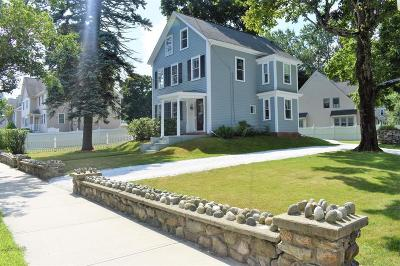 Ipswich Single Family Home For Sale: 32 Washington St