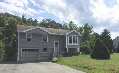 Marshfield Single Family Home Under Agreement: 10 Chandler Dr