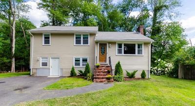 Burlington Single Family Home Price Changed: 9 Sandy Brook Road