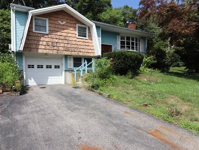 Bellingham Single Family Home Contingent: 16 Candace Dr