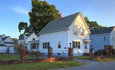 Lowell Single Family Home For Sale: 32 Marriner