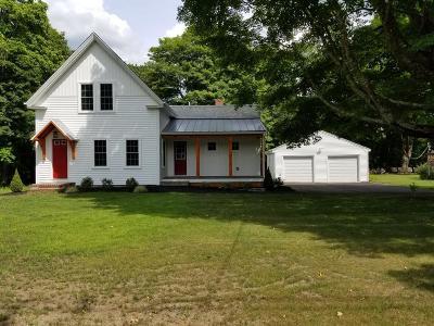 Middleboro Single Family Home For Sale: 70 Miller St